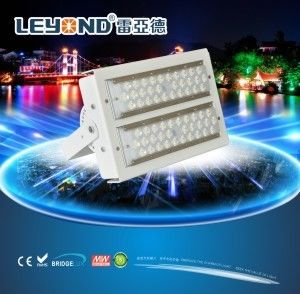 China Cool White Led Flood Lights Outdoor High Power / 300 W Led Security Flood Light IP66 supplier