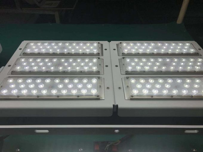 High Pole LED Stadium Light 10 Years Lifespan With 25 / 60 / 90 Degree Beam Angle